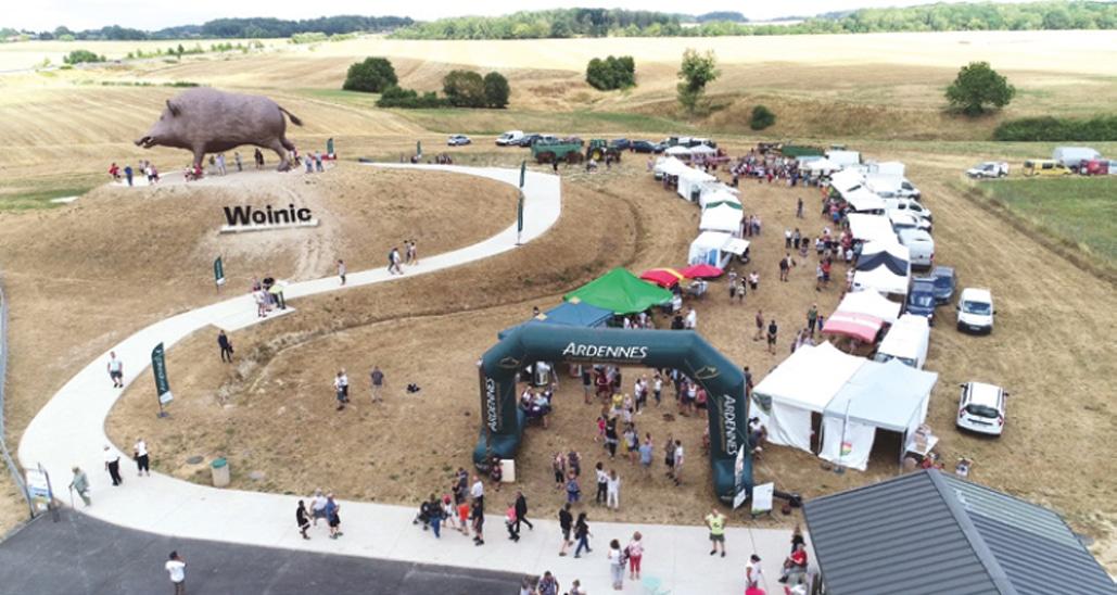 Image panoramique de l'Anniversaire de Woinic Colosse des Ardennes