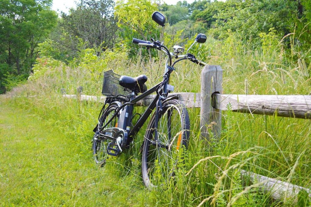 Vélo électrique dans la nature