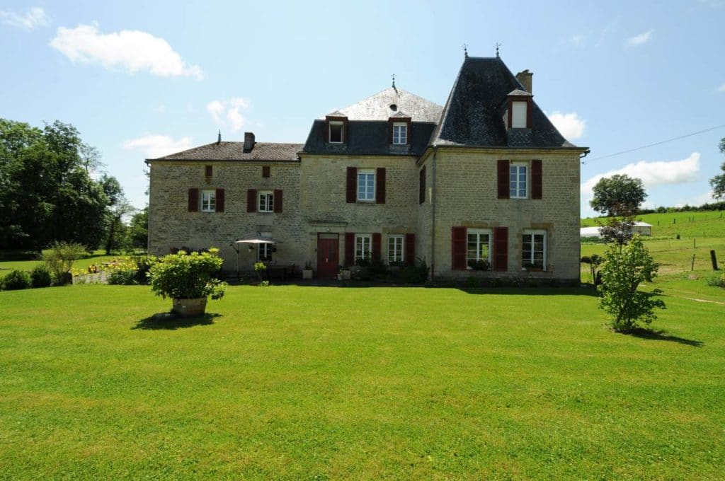 Extérieur et façade du Château de Lametz