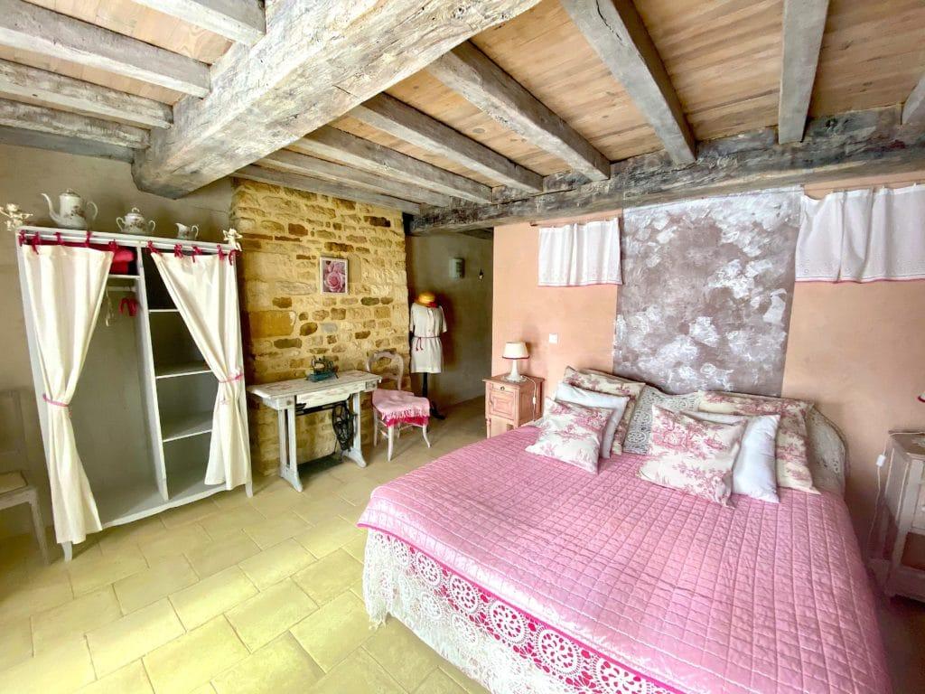 une des chambres double de la chambre d'hôte l'Ancienne Boulange