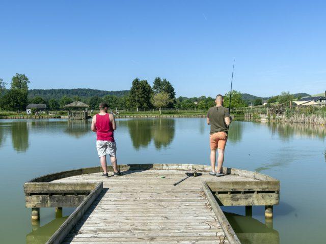 Pêche à l'étang du domaine de Vendresse